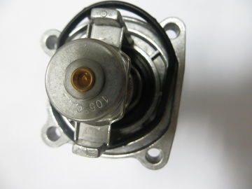 China Standard Aluminium Silvery Car Engine Thermostat For Opel OEM NO 55577072 factory