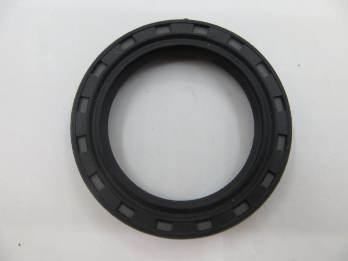 Car Engine Components / Spare Parts Oil Seal With Rubber OEM 12608750