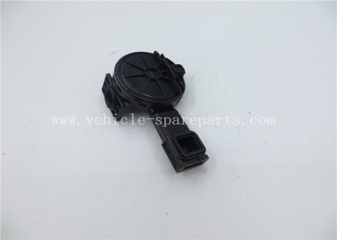 Plastic Engine Spare Part  Chevrolet / GM PCV Valve OEM 55558118 55558673 55556284